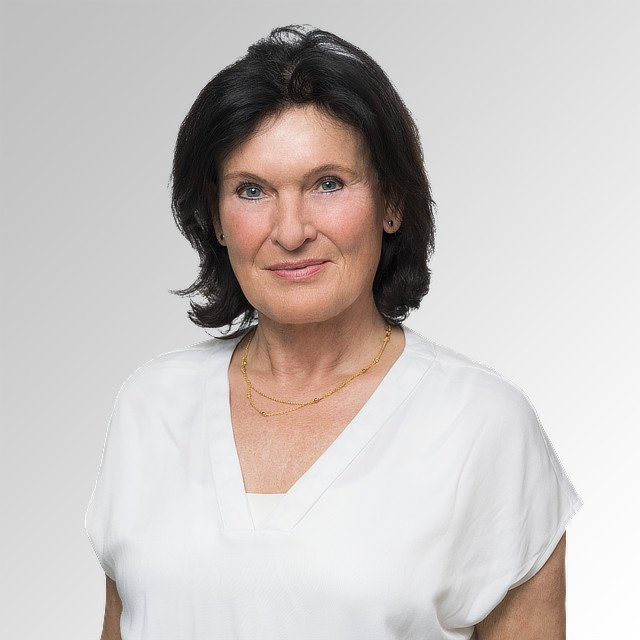 Dr. Ruth Marx